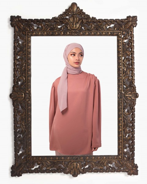 Inaya Rose top