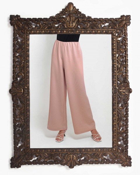 Lea Loose Fitting Trousers in Milo