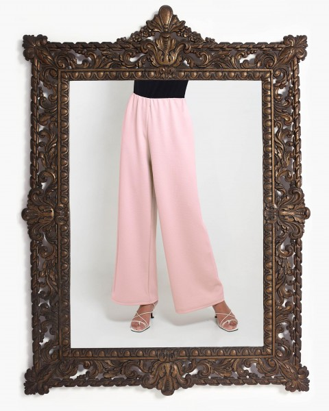 Lea Loose Fitting Trousers in Pink