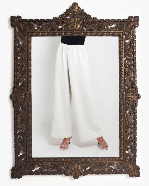 Lea Loose Fitting Trousers in White
