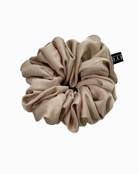 Silk Scrunchie Medium in Gold