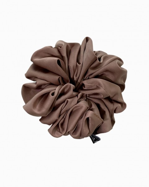 Silk Scrunchie Medium in Brown