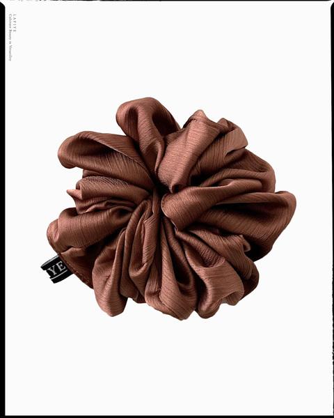 Textured Silk Scrunchie in Sangria