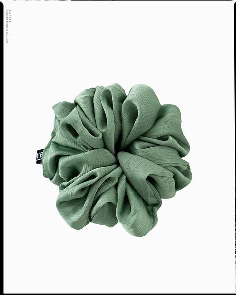 Textured Silk Scrunchie in Emerald